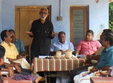 ഒക്ടോബര് 16 ഹര്ത്താല് ദിവസം ആം ആദ്മി പാര്ട്ടി നെല്ല്സംഭരണം ഉദ്ഘാടനം ചെയ്തു