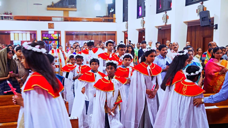 സീറോ മലബാര് സഭ ലിവര്പൂള് മഹായിടവകയുടെ പുതിയ ദേവാലയത്തിലെ ആദ്യ തിരുനാള് അത്യാഘോഷപൂര്വ്വം കൊണ്ടാടി