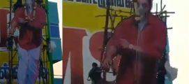 അജിത്തിന്റെ കൂറ്റൻ കട്ടൗട്ടിൽ പാലഭിഷേകത്തിനിടയിൽ അപകടം;  7 പേർക്ക് പരുക്ക്, ദൃശ്യങ്ങൾ പുറത്ത്