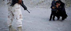 താണ്ടിയത് 2400 കി.മീ; കാലുപിടിച്ചിട്ടും കനിയാതെ സുരക്ഷാഭടന്; ഇത് അഭയാര്ഥിത്വത്തിന്റെ ദയനീയ ചിത്രം