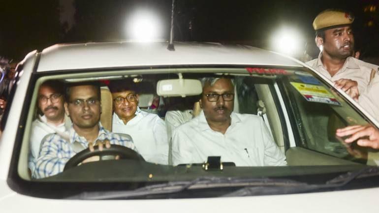 'ഒളിച്ചിരുന്ന്' മതിൽ ചാടിക്കടന്നു സിബിഐ സംഘം വീട്ടിലേക്ക്;  മുൻ കേന്ദ്രമന്ത്രി പി. ചിദംബരത്തെ സിബിഐ അറസ്റ്റു ചെയ്തത് നാടകീയമായി