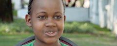 മീര നായരുടെ സിനിമ 'ക്വീന് ഓഫ് കാറ്റ്വെ'യില് അഭിനയിച്ച 15കാരി നികിത പേള് അന്തരിച്ചു