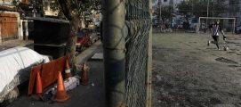 ഇരുപതിനായിരത്തിലേറെ മരണങ്ങളുമായി കൊറോണ ബാധയുടെ പുതിയ പ്രഭവകേന്ദ്രമായി ബ്രസീൽ : മരിച്ചയാളുടെ മൃതദേഹം 30 മണിക്കൂറിലേറെ റിയോ ഡി ജനിറോയുടെ തെരുവിൽ