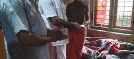 വോക്കിങ് കാരുണ്യയുടെ എൺപതാമത് സഹായമായ അൻപത്തിമൂവായിരം രൂപ ക്യാൻസർ രോഗിയായ വള്ളിത്തോട്ടിലെ ശോഭയ്ക്ക് കൈമാറി