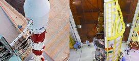 നരേന്ദ്ര മോദിയുടെ ഫോട്ടോ, ഭഗവദ്ഗീതയുടെ ഇലക്ട്രോണിക് പതിപ്പ്; കൗണ്ട്ഡൗൺ തുടങ്ങി, ഇസ്റോയുടെ ഈ വർഷത്തെ ആദ്യത്തെ പിഎസ്എൽവി വിക്ഷേപണം നാളെ….