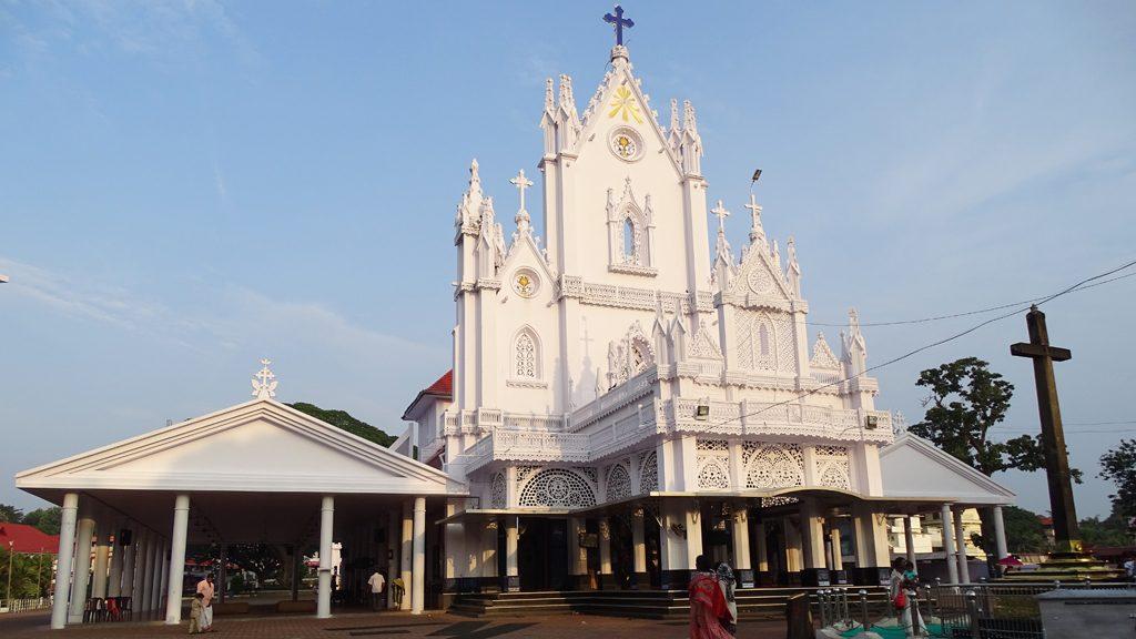 മണർകാട് കത്തീഡ്രൽ സ്വതന്ത്ര ഇടവക; ഓർത്തഡോക്സ് വിഭാഗക്കാർ നൽകിയ കേസ് തള്ളി കോടതി