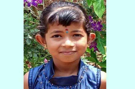 മാതാപിതാക്കൾക്കൊപ്പം വന്ന ഏഴ് വയസുകാരിക്ക് ജീപ്പിടിച്ച് ദാരുണാന്ത്യം